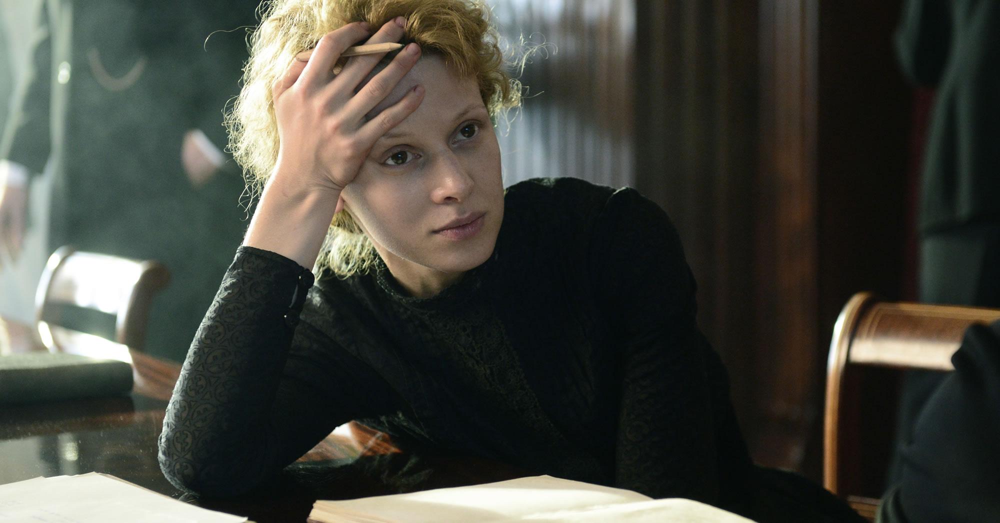"""Marie Curie"", intimité radioactive"